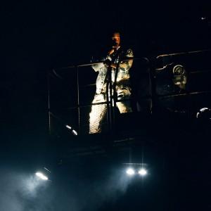 Kanye West (カニエ・ウェスト)、Glastonbury 2015 二日目のへッドライナーとして出演した「All Day」のパフォーマンス映像が公開!