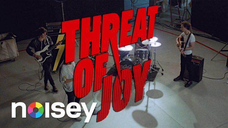 The Strokes、待望の新作EPから「Threat of Joy」のミュージックビデオが公開!