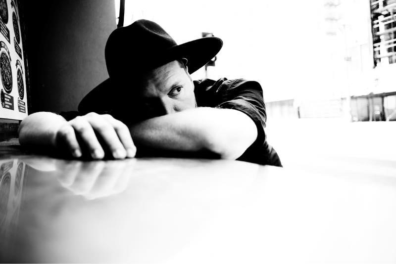 ロンドン出身のプロデューサー SOHN、ニューアルバム『Rennen』を 4AD から 1/13 リリースが決定!