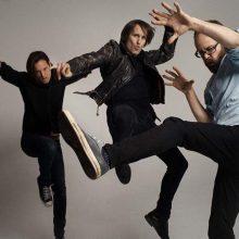 UKの3人組ポップ・ロックバンド、Ash が新作『Islands』をリリース!