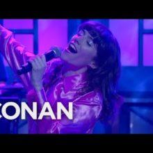 Natalie Prass、米のTV番組 CONAN に出演したライブ映像公開!