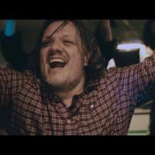 SOUL'd OUTのような流れるフロウ、UKの5人組バンド Courts が新曲「Tonight」のMV公開!