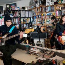 The Breeders が NPR Music Tiny Desk Concert に出演したセッション映像公開!