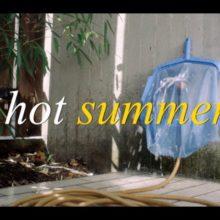 ベルリンのガールズ・デュオ Gurr、ニューシングル「Hot Summer」のMV公開!