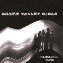 LAのロックンロール・バンド Death Valley Girls、サードアルバム『Darkness Rains』を 10/5 リリース!