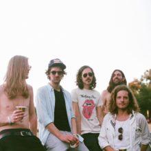 ロンドンのポップデュオ Ten Fé が5人編成となり新曲「Not Tonight」を配信リリース!