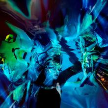 マルチプレイヤー Kelly Moran が〈WARP〉からはデビューアルバム『Ultraviolet』を 11/2 リリース!