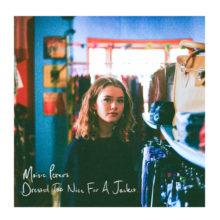若干17歳のUKのシンガーソングライター Maisie Peters がデビューEPを 11/2 リリース!
