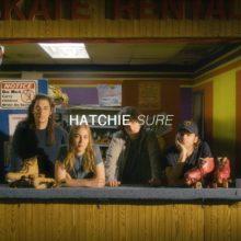 Hatchie、シカゴの Audiotree 企画『Far Out』に出演したパフォーマンス映像が公開!
