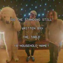 UKのロックバンド BOY AZOOGA がニューシングル「DO THE STANDING STILL」のMV公開!