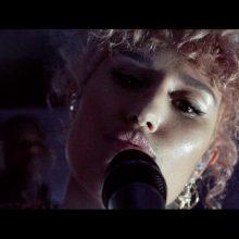サウス・ロンドン弱冠17歳の大人びた女性R&Bシンガー RAYE、デビューEPから「Shhh」のミュージックビデオを公開!