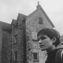Big Thief のシンガー、Adrianne Lenker がソロ・ニューアルバム『abysskiss』をリリース!