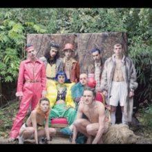 ロンドンのネオ・アートスクール・ダークウェイヴ・ボーイバンド、HMLTD が新曲「Flex」のMV公開!