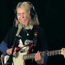 Snail Mail、米のラジオ局 WFUV に出演したスタジオライブ映像公開!