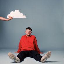 UKレスター期待のニューカマー Easy Life が新曲「Temporary Love」を配信リリース!