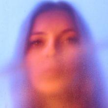 UKのシンガーソングライター Jade Bird がデビューアルバムを 4/19 リリース!