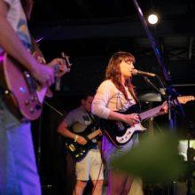 ニュージーランドのギターポップ・バンド The Beths が SXSW 2019 に出演したフルライブ映像公開!