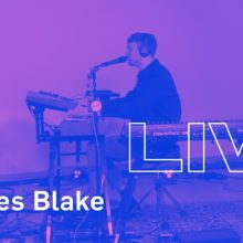 James Blake、米のラジオ局 KCRW に出演したスタジオライブ映像が公開!