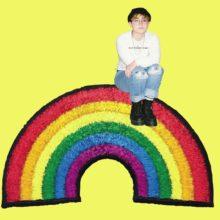 ブルックリンのソングライター Claud、ニューシングル「Wish You Were Gay」を配信リリース!