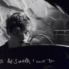 Bill Ryder-Jones、最新作をボーカルとピアノだけで再構築したアルバム『Yawny Yawn』を 7/26 リリース!