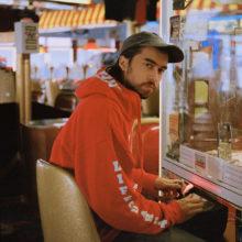 フランク・オーシャンも絶賛!若き天才SSW、(Sandy) Alex G がニューアルバム『House of Sugar』をリリース!