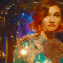 NYのポップ・バンド MisterWives が Fueled By Ramen と契約、新曲「whywhywhy」を発表!