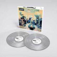 Oasis、デビューアルバム『Definitely Maybe』25周年を記念したシルバー・カラーLPを 8/30 リリース!