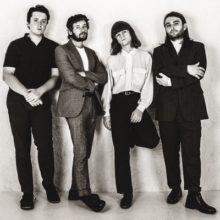 UKのタイムレスな4人組バンド FUR、新曲「Trouble Always Finds Me」をリリース!