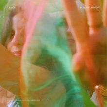 カナダのエクスペリメンタルポップ・トリオ Braids、新曲「Eclipse (Ashley)」を配信リリース!
