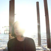 ロンドン在住のアーティスト Grimm Grimm、サードアルバム『Ginormous』を来年 2/28 リリース!