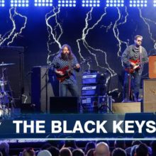 The Black Keys、米のTV番組 Jimmy Kimmel Live に出演したパフォーマンス映像が公開!