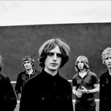 ロンドンのサイケロック・バンド Toy、6年振り初の単独公演が来年4月に決定!