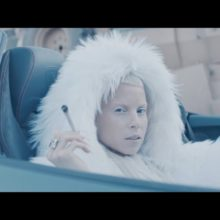 Die Antwoord、Slagysta をフィーチャーした新曲「Baita Jou Sabela」のMV公開!