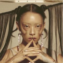 Rina Sawayama、デビューアルバム『SAWAYAMA』を Dirty Hit からリリース!