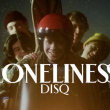 USオルタナロック・バンドのニューカマー Disq、デビューアルバム『Collector』を 3/6 リリース!