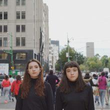 シカゴの実験的なデュオ Ohmme、セカンドアルバム『Fantasize Your Ghost』を 6/5 リリース!