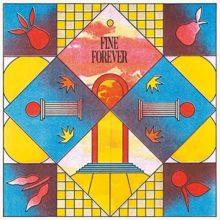 シカゴのインディーポップ・バンド Varsity、ニューアルバム『Fine Forever』を 5/29 リリース!