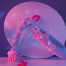 NYのインディーポップバンド MisterWives、サードアルバム『SUPERBLOOM』をリリース!