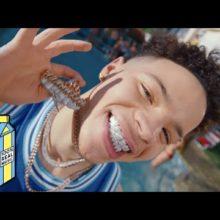 TikTok で爆発的人気を集めた18歳のラッパー、Lil Mosey が最新MV効果で全米チャートTOP20入り!