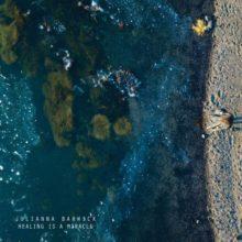 Julianna Barwick、4年ぶりのアルバム『Healing Is A Miracl』を Ninja Tune から 7/10 リリース!