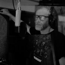 The National の Matt Berninger、ソロ・デビューアルバム『Serpentine Prison』を 10/2 リリース!