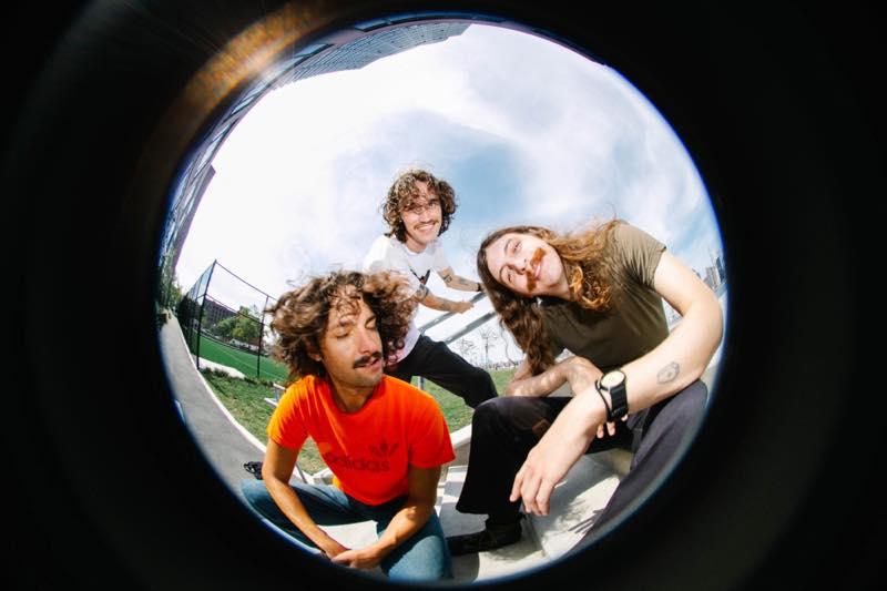 Triathalon バンド