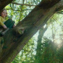 AURORA、映画『秘密の花園』の主題歌「The Secret Garden」のリリックビデオを公開!