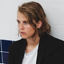 UKのシンガーソングライター Marika Hackman、カバー・アルバム『Covers』を 11/13 リリース!