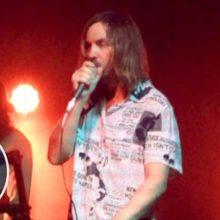 Tame Impala、米のTV番組 The Tonight Show に出演した「Borderline」のライブ映像が公開!