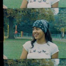 ロンドンのシンガー Hope Tala、R&Bとボサノバの温かみのある新作EP『Girl Eats Sun』をリリース!