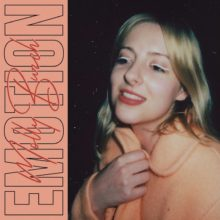 Molly Burch、Wild Nothing をフィーチャーした新曲「Emotion」をリリース!