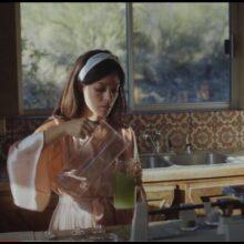 Quilt とのコラボで知られる Anna Fox Rochinski、初のソロ・アルバム『Cherry』を 3/26 リリース!