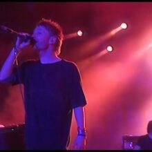 Radiohead、2003年にフランスのロックフェス Eurockéenne に出演したフルライブ映像を公開!