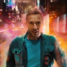 Coldplay、架空の惑星が舞台となったニューシングル「Higher Power」のMVを公開!